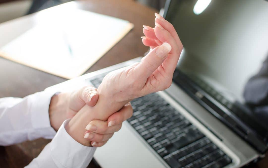 Utilisation de l'ordinateur et syndrome du canal carpien